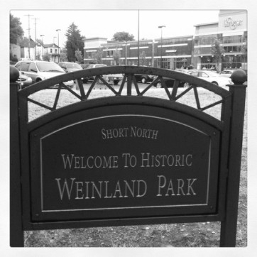 welcome-to-weinland-park-sign